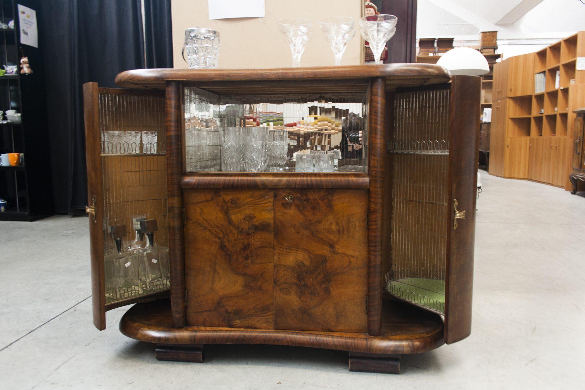 Mobile bar vintage si pu fare - Bar mobile usato ...