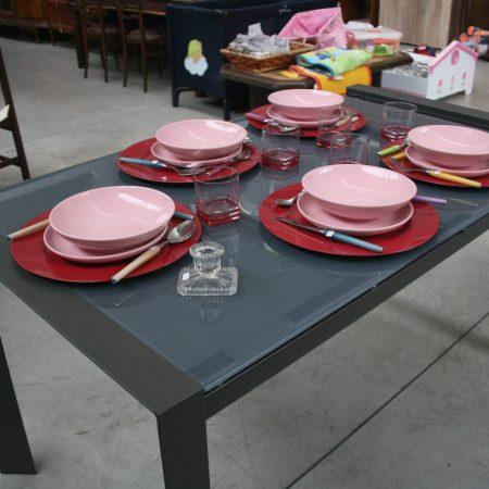 Tavolo metallo vetro temperato grigio Tomasucci(12)