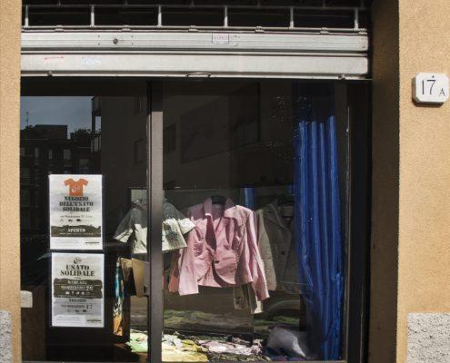 negozio dell'usato Via Morazzone Como